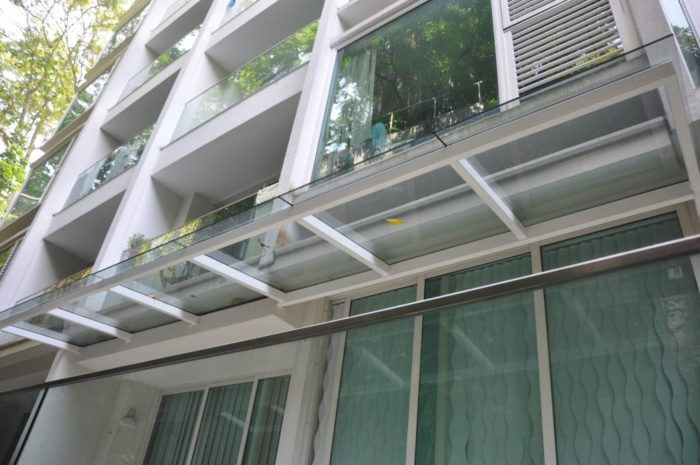 PRODUCT: GLASS CANOPY